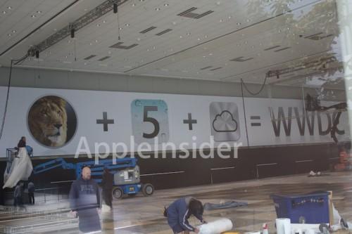 http://cdn.macrumors.com/article-new/2011/06/WWDC2011pics4-2-500x333.jpg