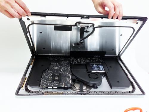 Nový iMac - První unboxing (Video)