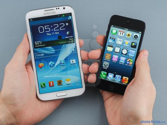 WSJ: Apple představí dvojici větších iPhonů na podzim