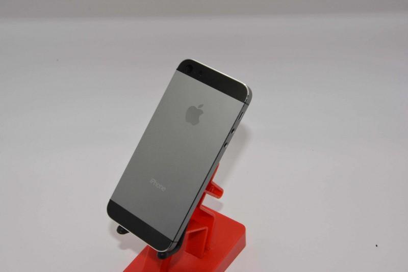 graphite_iphone5s1-800x534.jpg