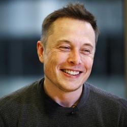 Elon Musk Backtracks on Earlier Comments, Says 'I Don't Hate Apple'