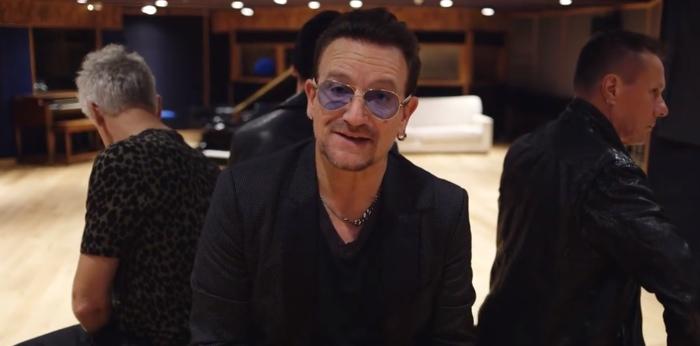 """U2 se omluvili za automatické stahování alba """"Song of Innocence"""" na iTunes"""