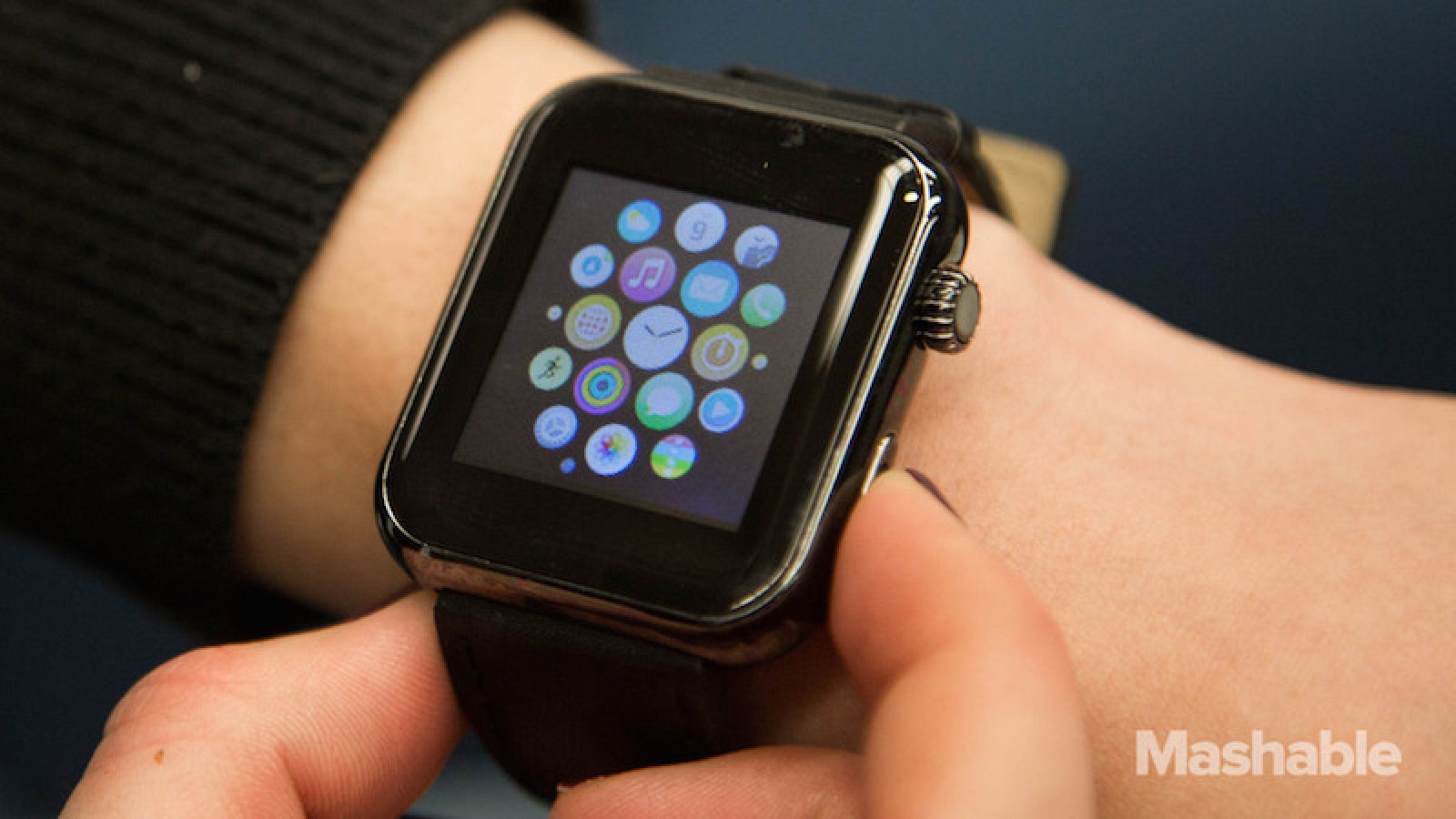 Chinese Company Hyperdon Sold Fake Apple Watches At CES