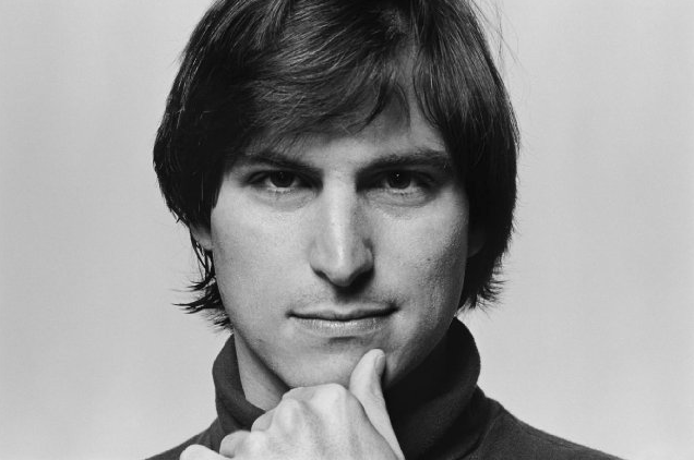 Podle Eddyho Cue neodráží dokument Steve Jobs: The Man in the Machine osobnost Steva Jobse