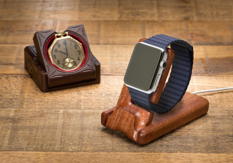 Apple-watch-with-Grandpa-pocket-800x561.