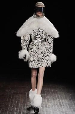 Apple Sponsoring 2016 'Fashion