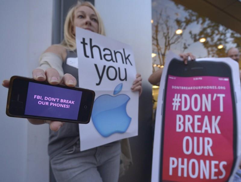 Apple privacy protestors