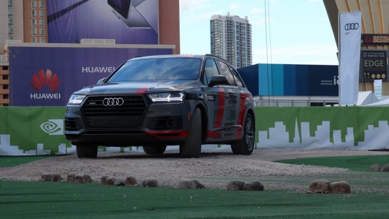 small-612-audi-q7-piloted-driving-concept