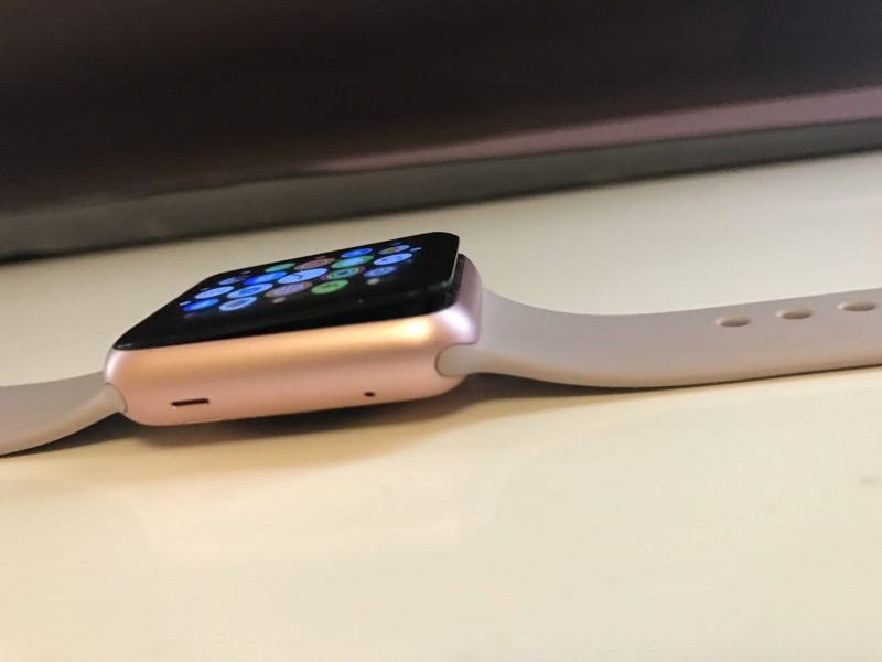 Repair Period for First-Gen Apple Watches With Battery Issues Extended to 3 Years