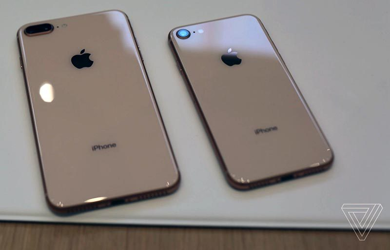 Hands-On With Apple's New Glass-Backed iPhone 8 and iPhone 8 Plus