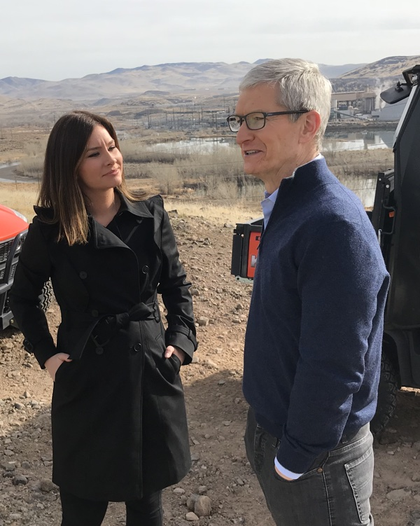 apple ceo tim cook says power management feature in older iphones will be able to be turned off in future update