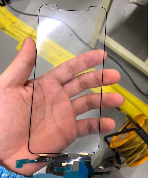 claimed iphone x plus displays and digitizers shown in leaked photos