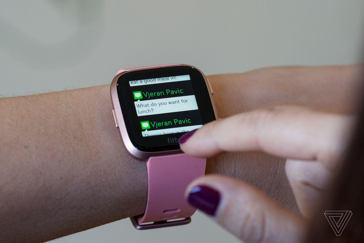 Fitbit Versa Reviews: Solid Smartwatch Option at $200 Unlikely to Lure Away Apple Watch Owners ...