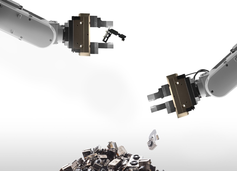 greenpeace criticizes apple s daisy recycling robot says focus should be on repairable and upgradeable product design