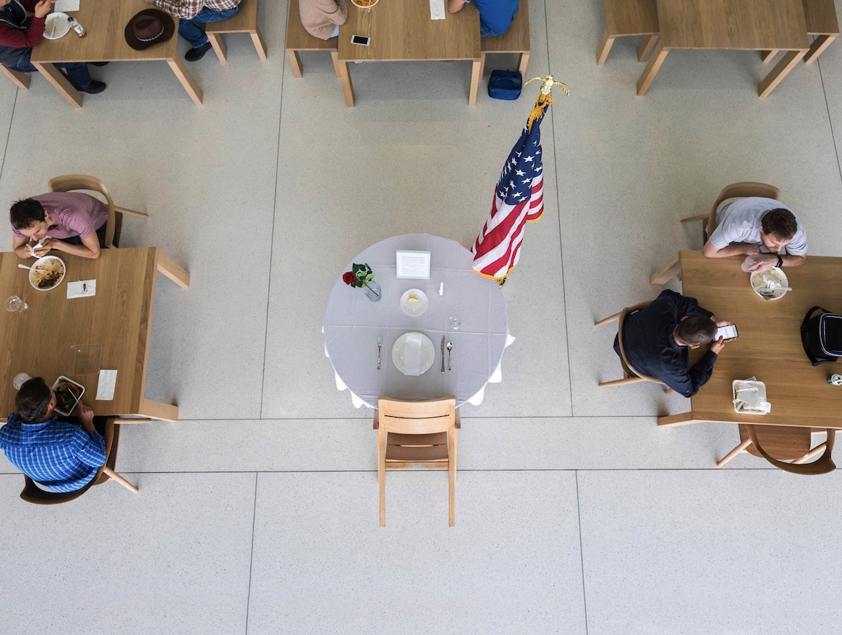 Apple Commemorates Memorial Day With 'Remembrance Table' at Apple Park