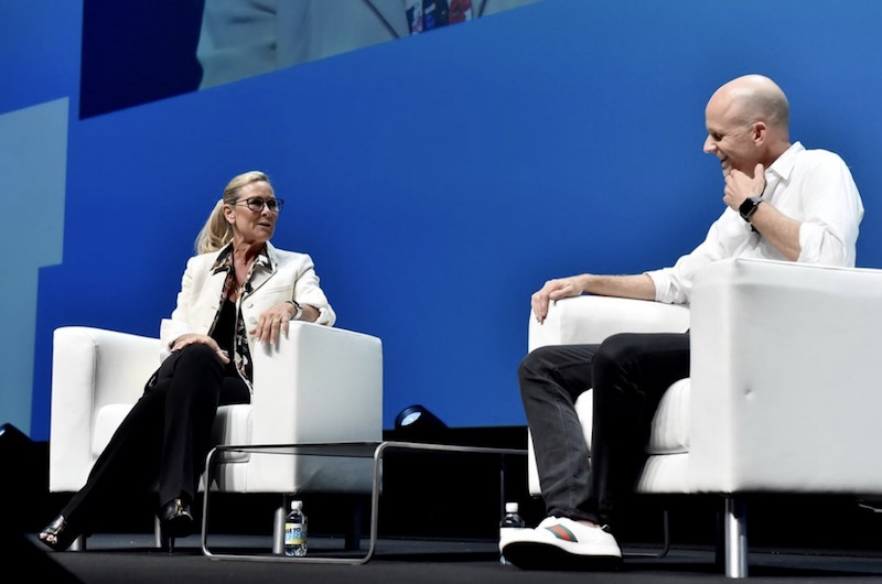 angela ahrendts talks apple retail in new interview retail is not dying but it has to evolve