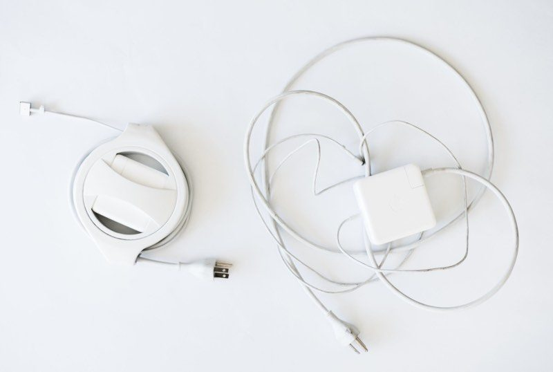 macrumors giveaway win a side winder cable wrangler for macbook pro or macbook air from fuse