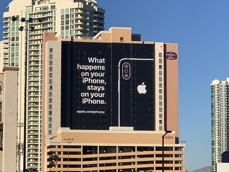 photo image Apple Says 'Privacy Matters' in Humorous New iPhone Ad
