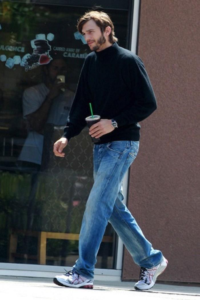 Ashton Kutcher Spotted Wearing Steve Jobs' Trademark