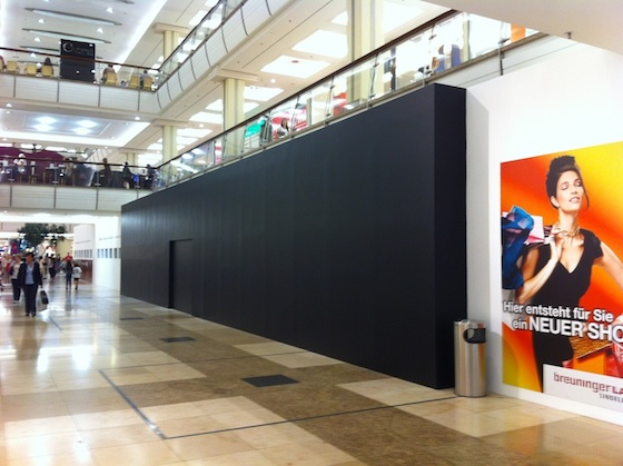 stuttgart retail store grand opening hinting at september 21 iphone launch mac rumors. Black Bedroom Furniture Sets. Home Design Ideas
