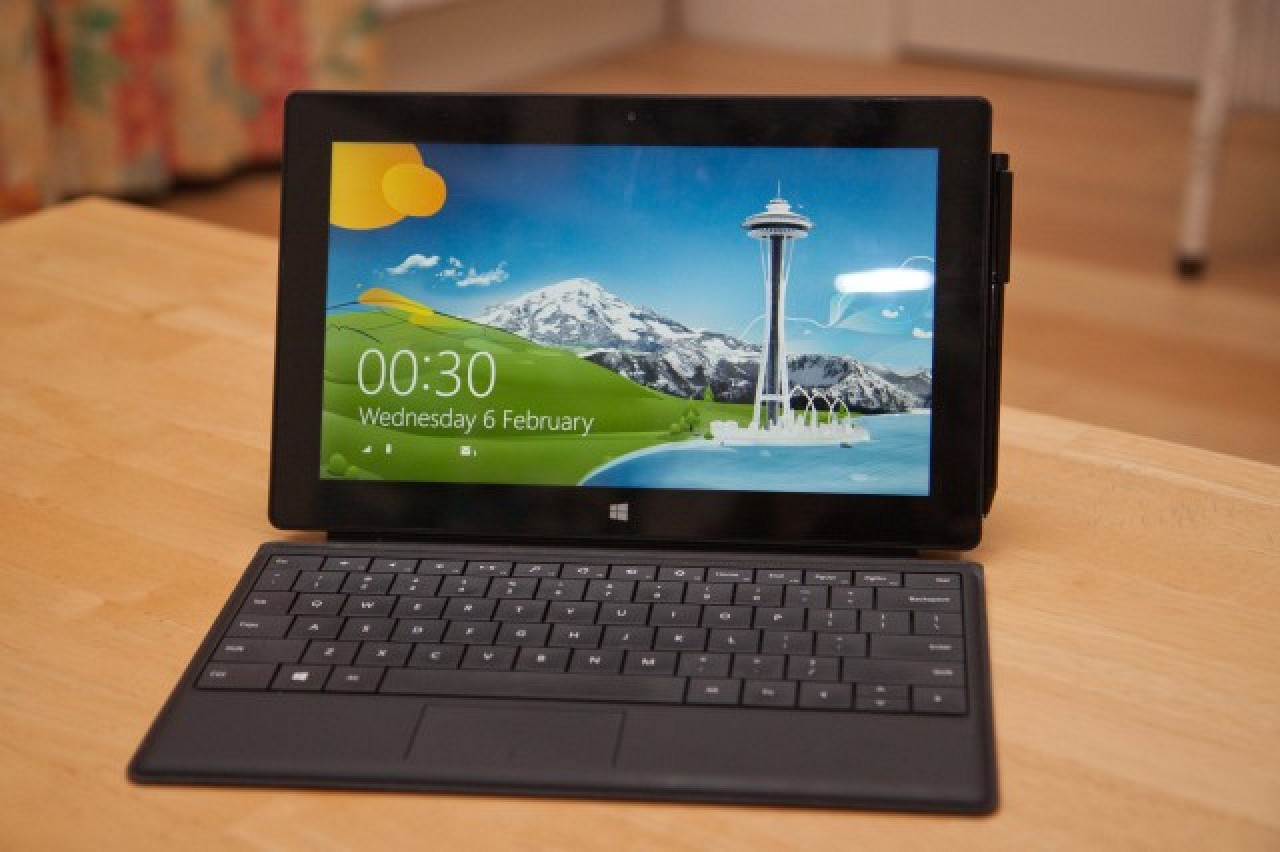 First Reviews of Microsoft Surface Pro: Good Display, Full Windows 8