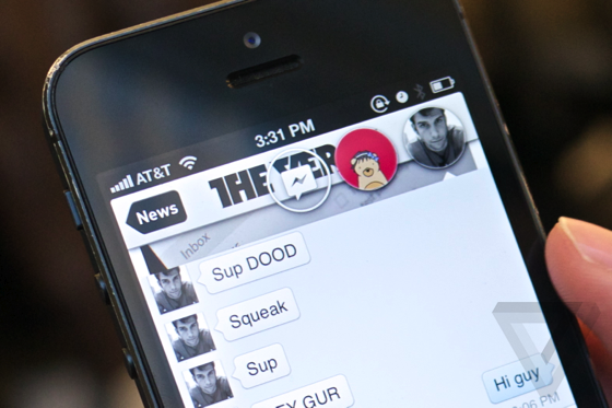 Jailbreak Hack Puts 'Chat Heads' on iPhone the Way Facebook Intended
