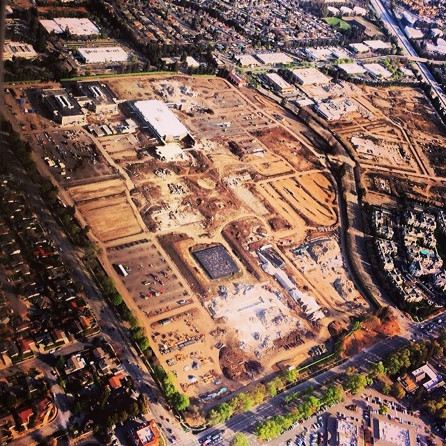apple_campus_2_demo_aerial