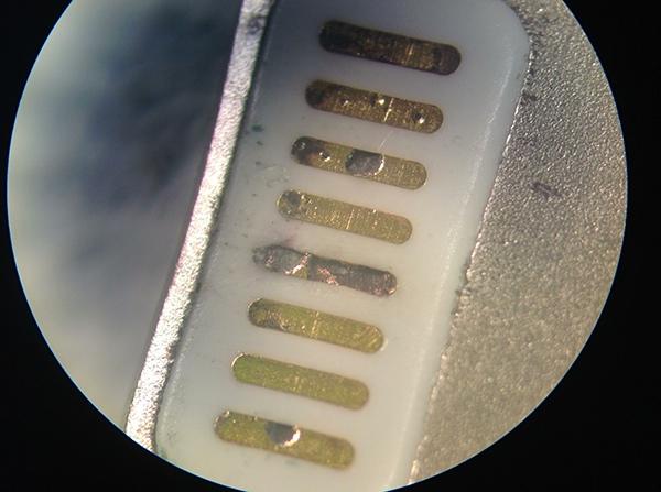 lightningcablemicroscope
