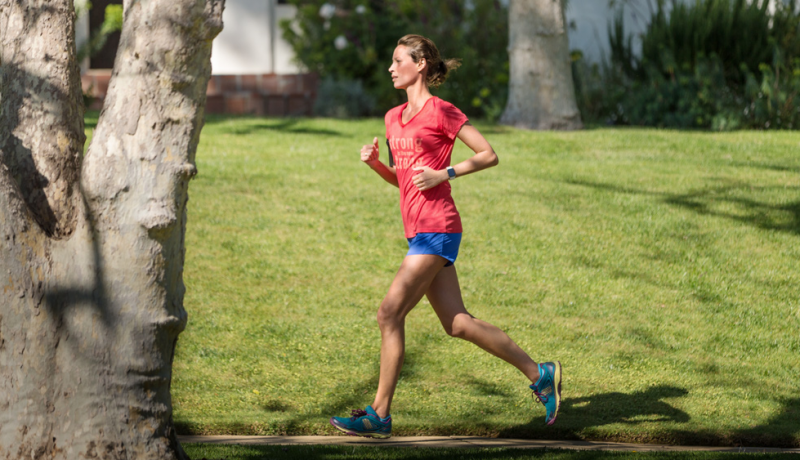 Black Friday Car Deals >> Christy Turlington Burns Breaks Personal Record at London Marathon - MacRumors