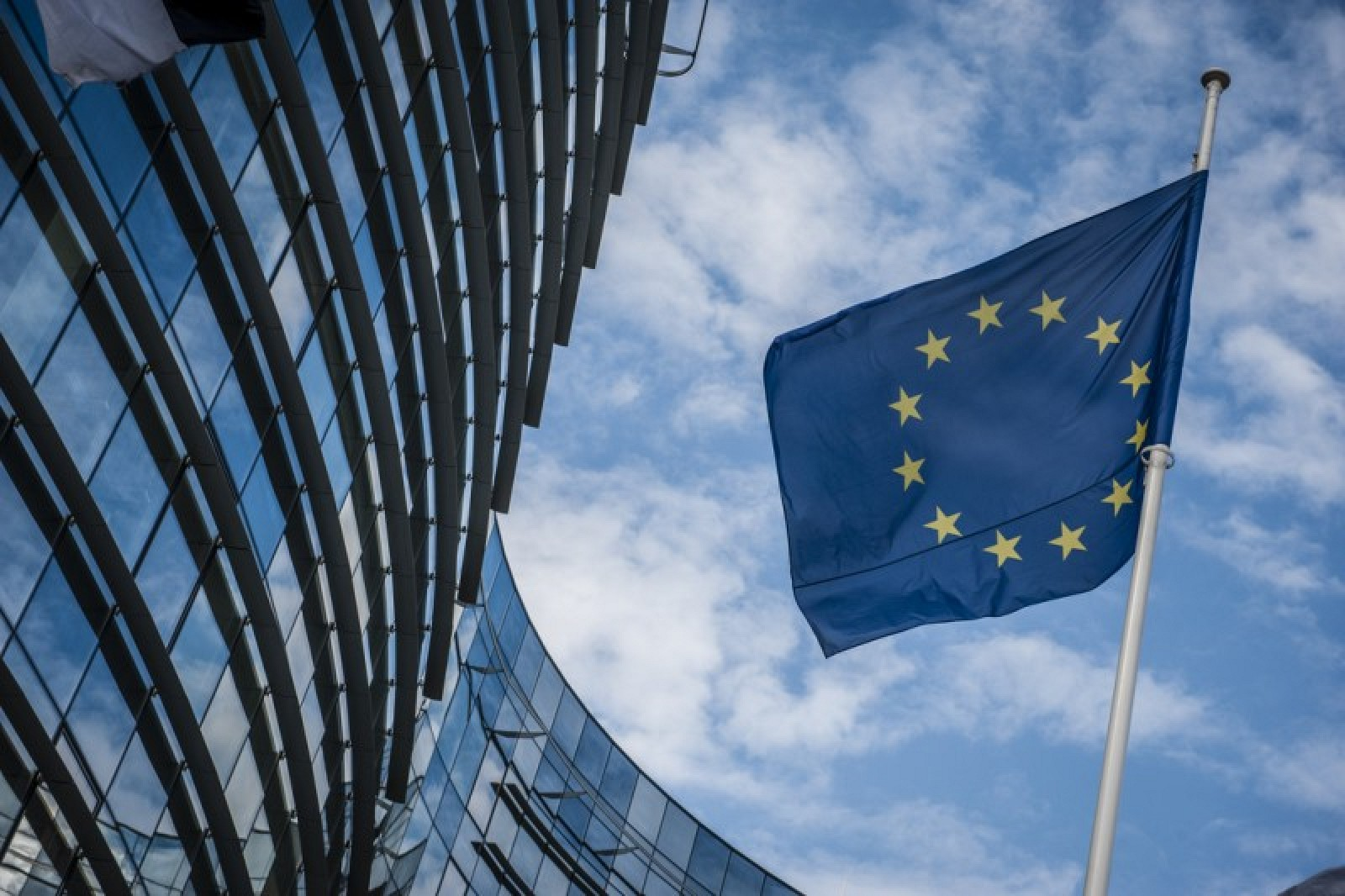 photo image EU Proposes Enforcing Data Encryption and Banning Backdoors