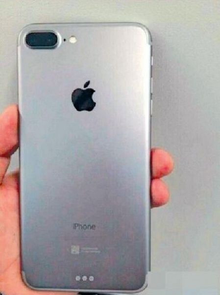 potential first photo of iphone 7 plus shows dual lens camera and smart connector macrumors. Black Bedroom Furniture Sets. Home Design Ideas