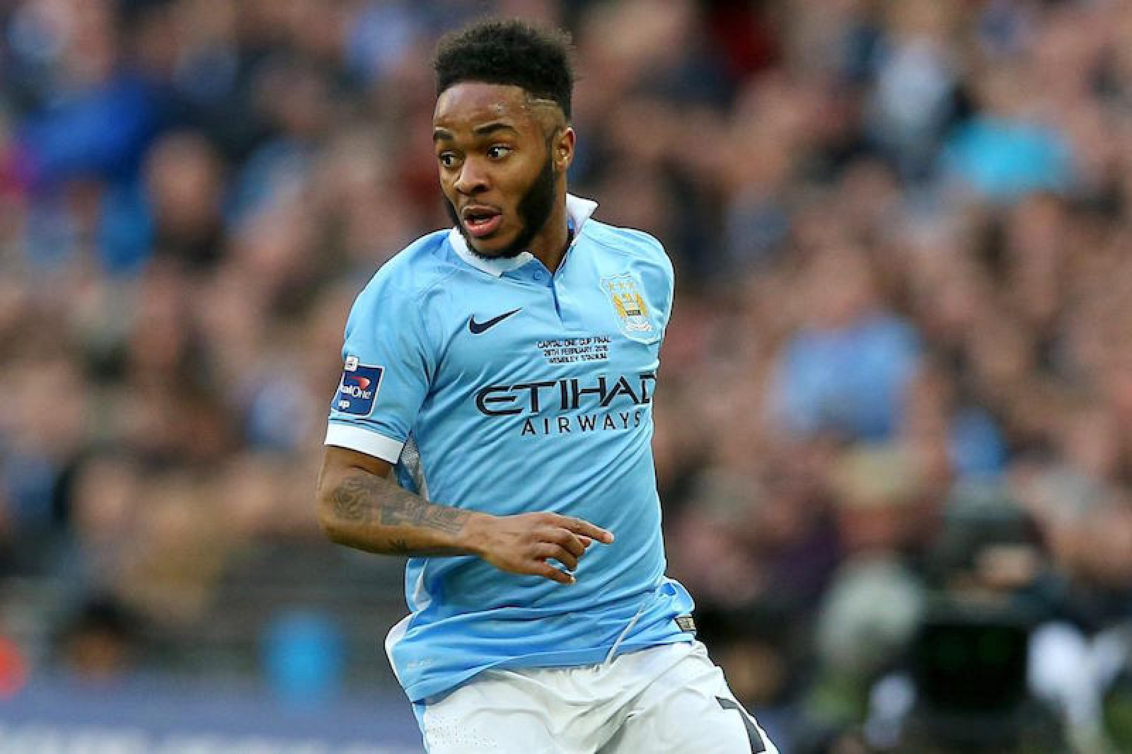 Apple to Sign England s Raheem Sterling as Global Ambassador Mac