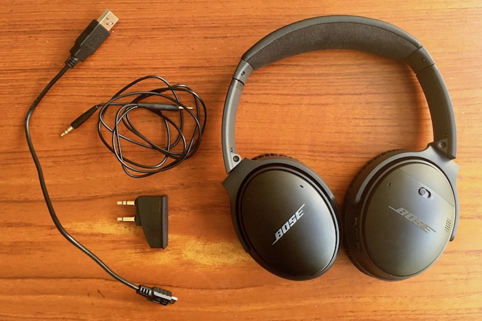 low priced f8a30 a766f Review: QuietComfort 35 Headphones Prove Bose Won't Miss the ...