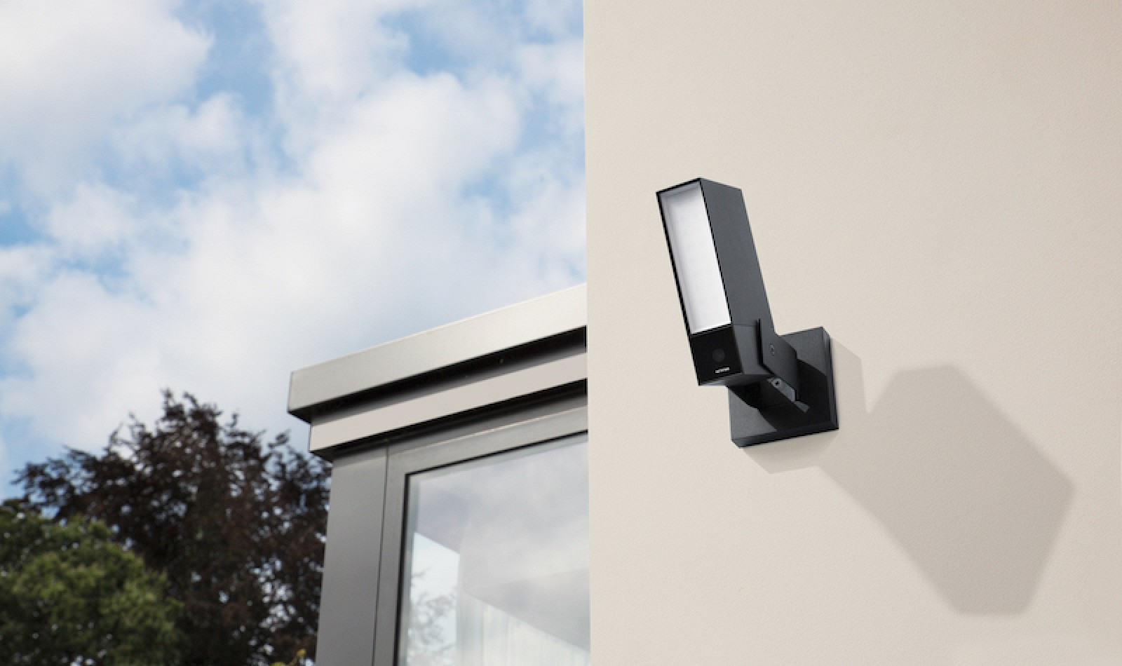 smart outdoor security camera 39 netatmo presence 39 now available mac rumors. Black Bedroom Furniture Sets. Home Design Ideas