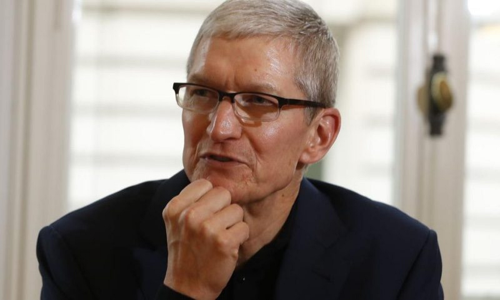 photo image Apple CEO Tim Cook Touts Benefits of Globalization in China Speech