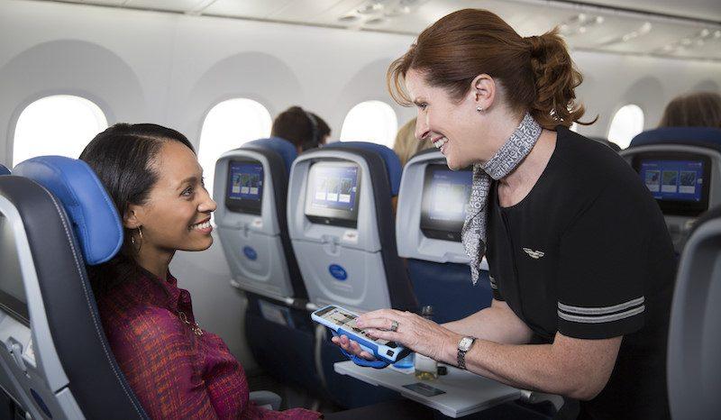 https://cdn.macrumors.com/article-new/2017/02/united-airlines-apps-800x466.jpg