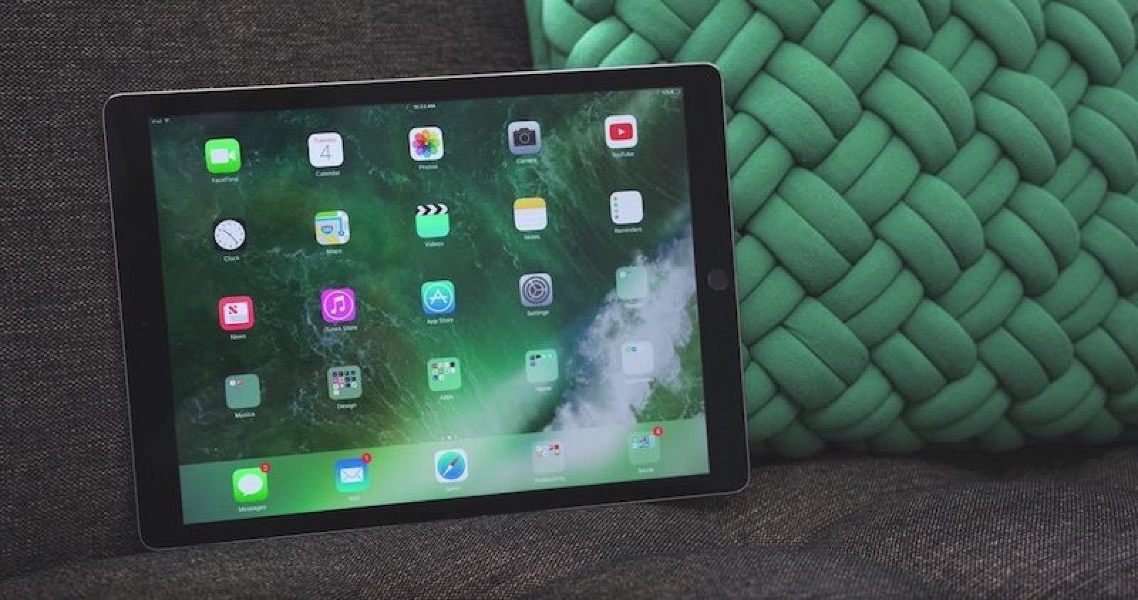 photo image Apple Said to Be Increasing Production of Rumored 10.5-inch iPad Pro