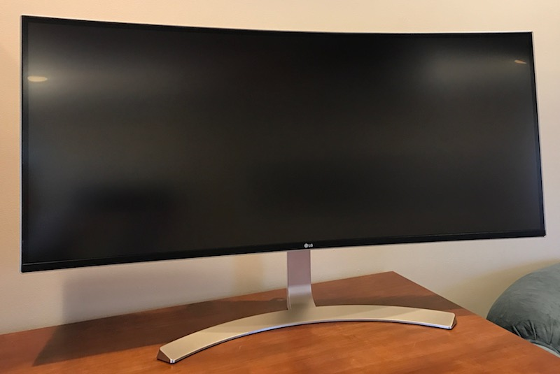 Review: LG's $1500 38UC99 UltraWide Display Offers a Giant