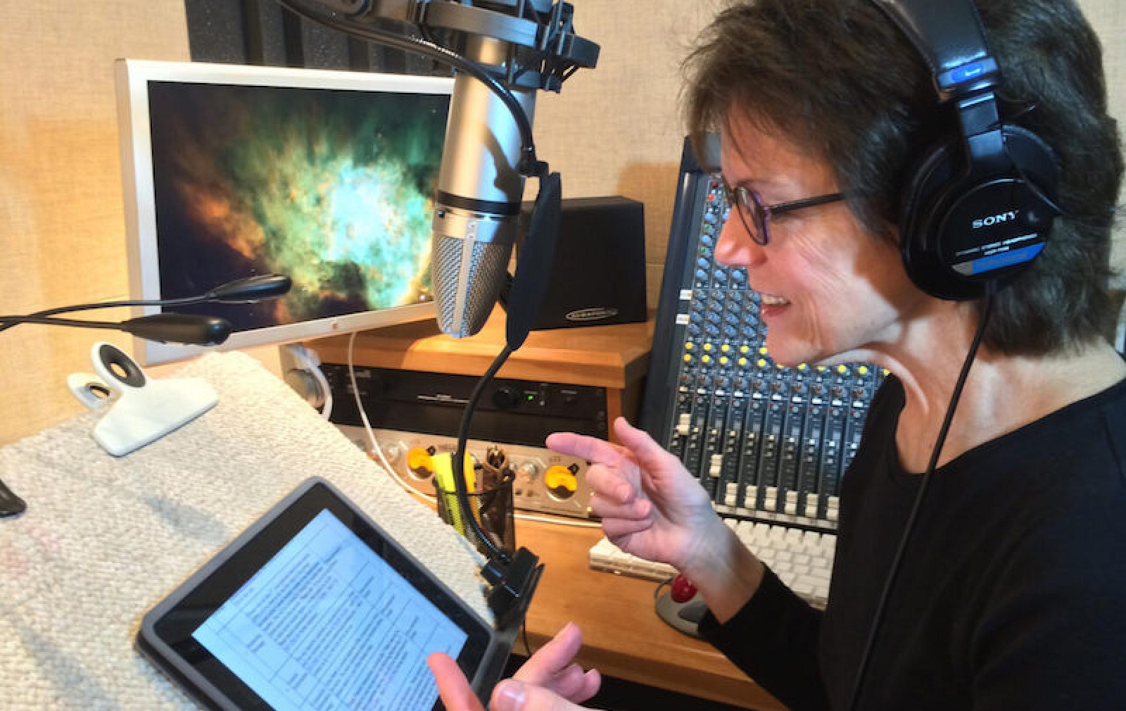 Siri Voice Actress Susan Bennett Reveals More Details About The - Siris human face finally revealed