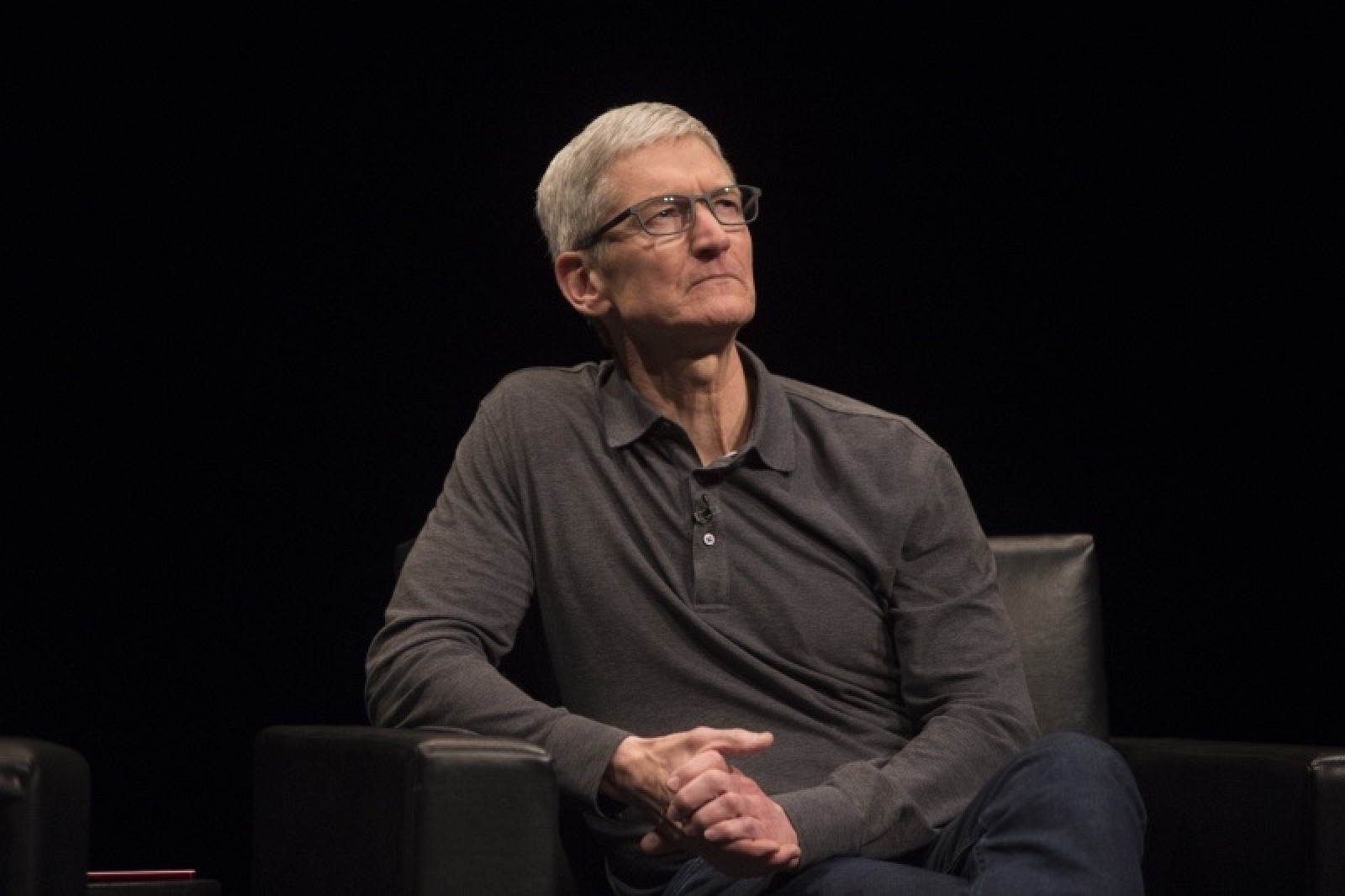 Tim Cook Defends Removal of Hong Kong Mapping App From App Store in Leaked Memo thumbnail