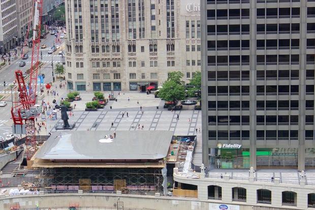 Střecha nového Apple Storu v Chicagu vypadá jako MacBook