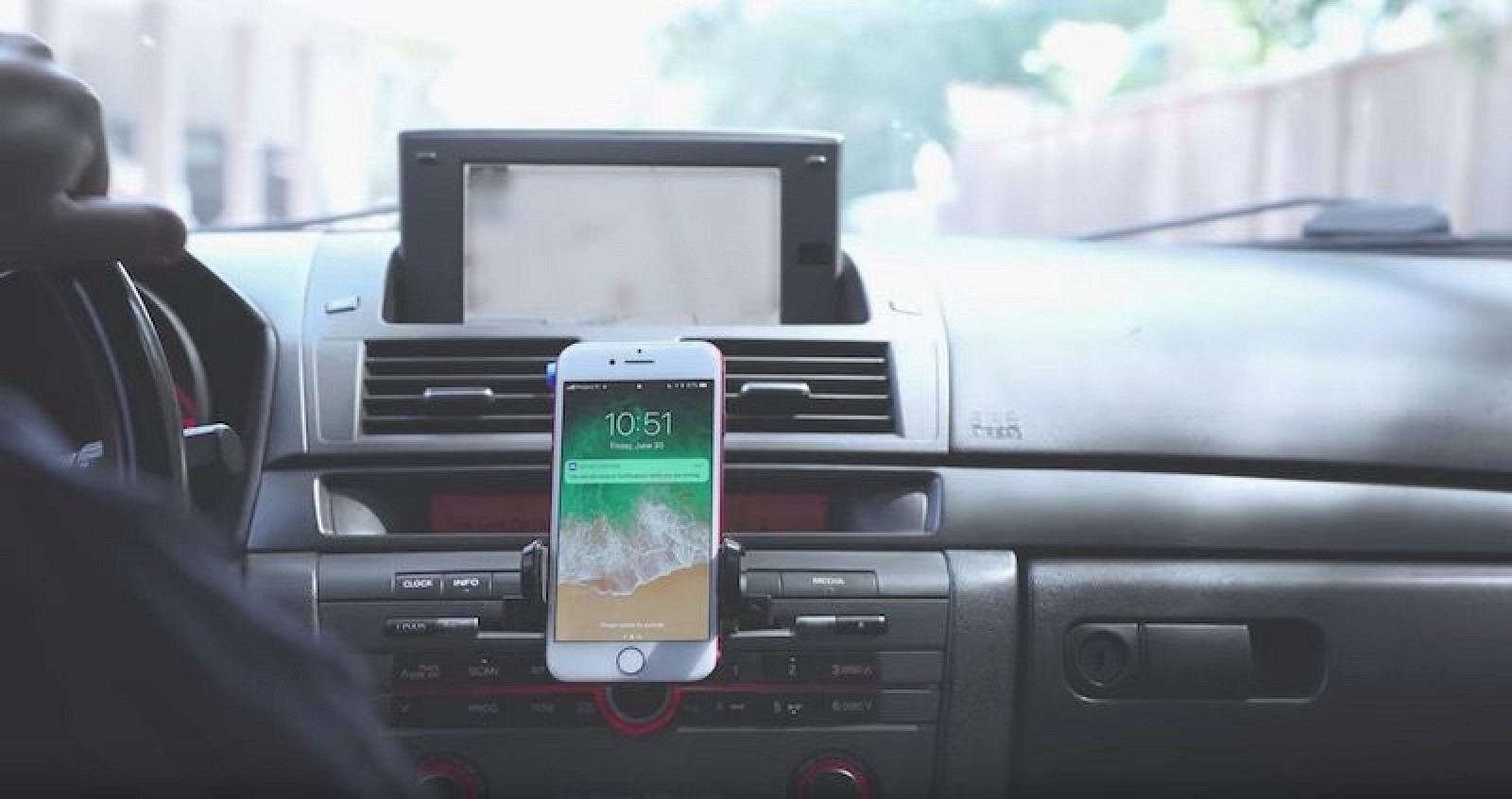 Apple Insists It's Not Responsible For Distracted Driving Accidents Involving iPhones