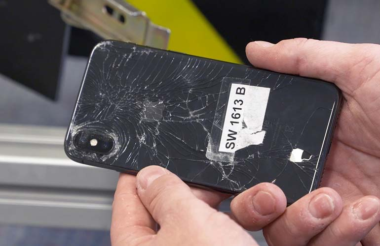 official photos 55ae0 dc8a5 Consumer Reports Ranks iPhone X Below iPhone 8 Because of Durability ...