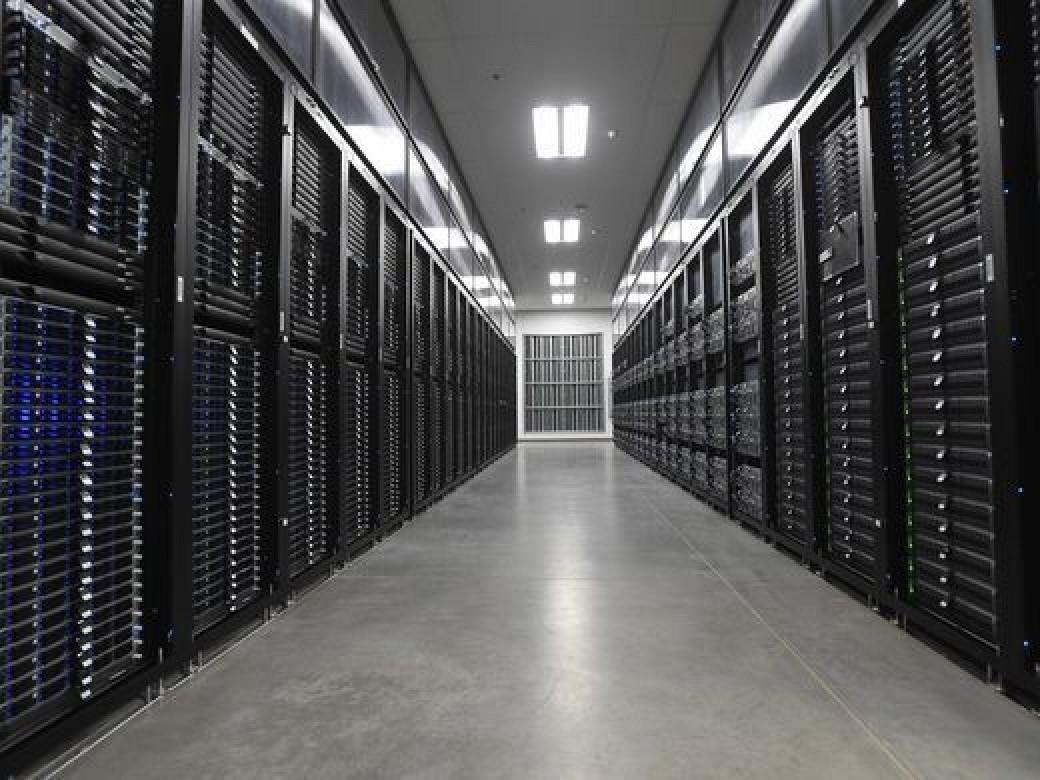 Apple Celebrates Groundbreaking of New Reno Warehouse With