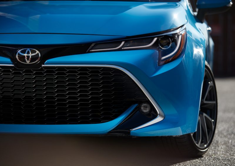 Toyota Continues CarPlay Rollout With 2019 Corolla ...