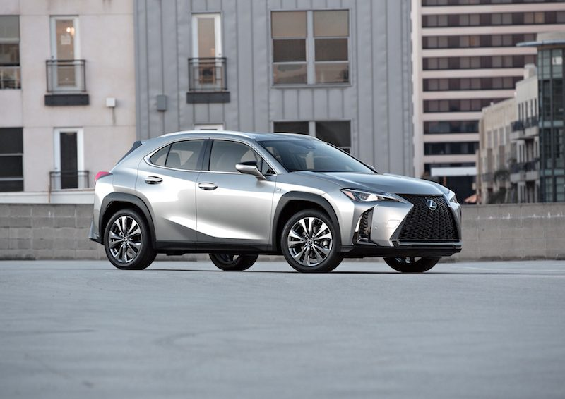 Lexus Debuts First CarPlay Vehicle in All-New 2019 UX