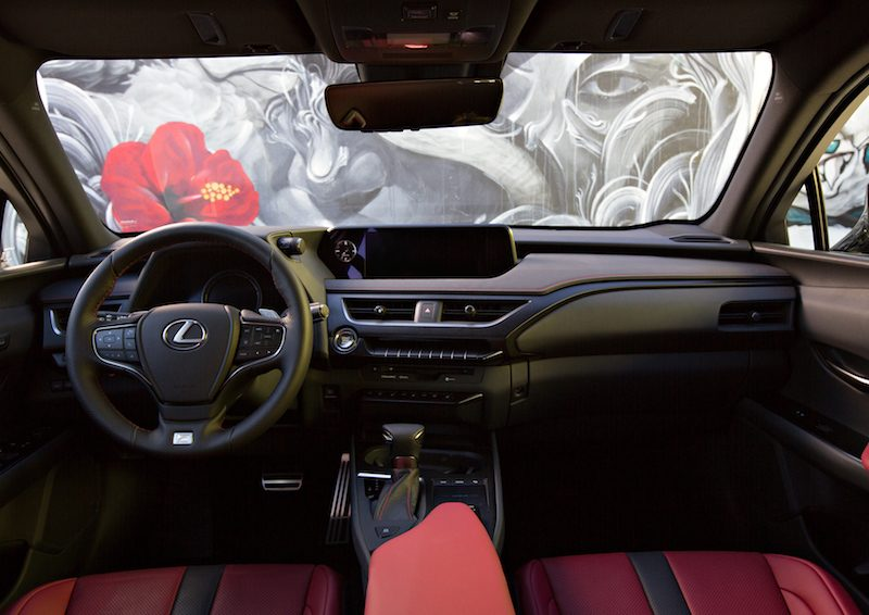 Lexus Debuts First CarPlay Vehicle in All-New 2019 UX ...
