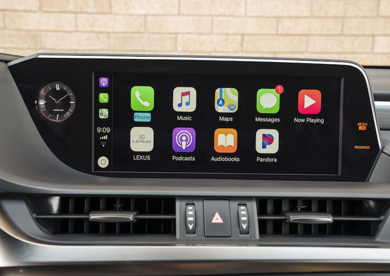 Lexus To Begin Carplay Rollout In New Vehicles In September Macrumors