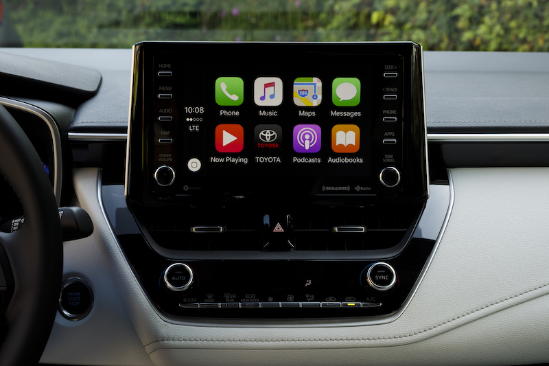 2019 Corolla Hatchback With Carplay Home Screen Remote Connect Availability Is A Bit More Limited Here As The Lower Se Grade Both Manual Transmission And