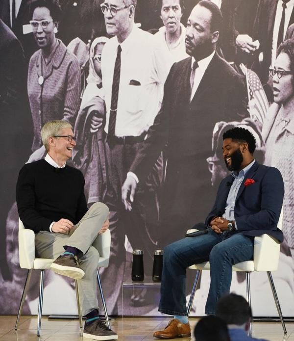 Apple CEO Tim Cook Visits Alabama, Discusses MLK, Coding